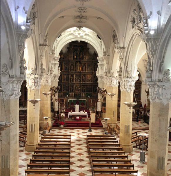 Misa Pontifical
