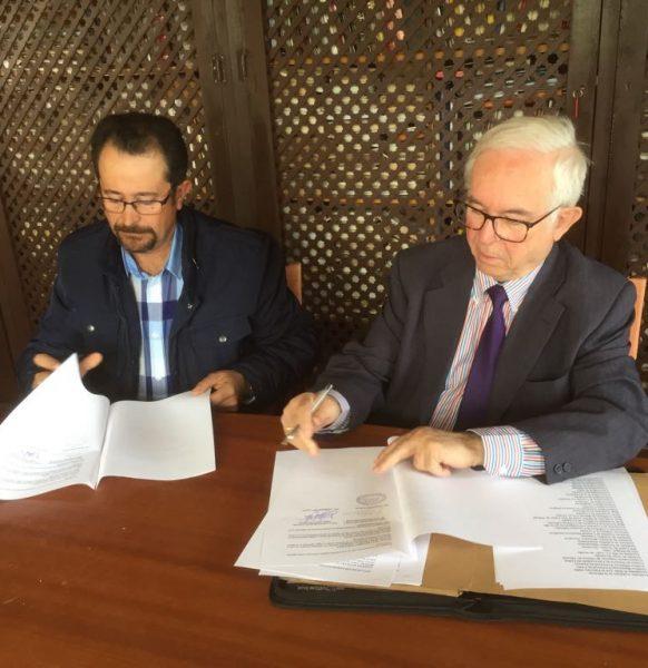 Firma del convenio de colaboración para el «I CONGRESO HISPANO-PORTUGUÉS»