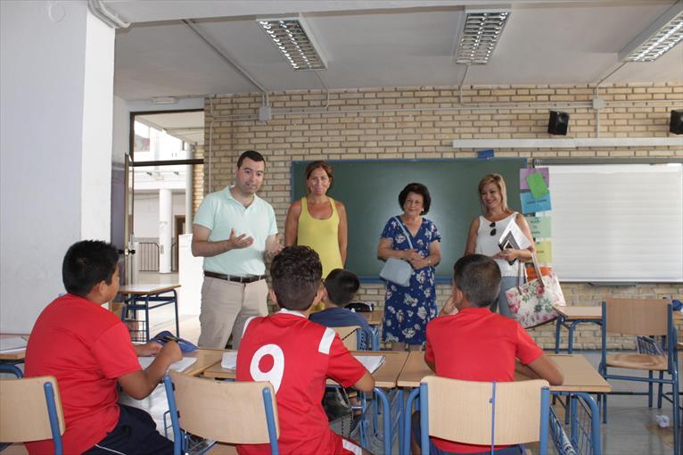 Colaboración de la Hermandad en la Escuela de Verano de Priego